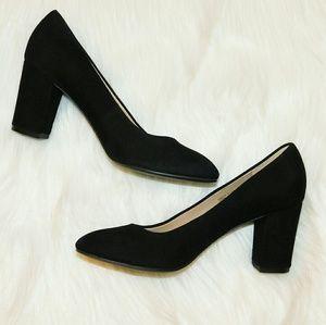 H by Halston   Lenna Black Suede Pump Heels SZ 7.5